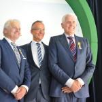 Initiatiefnemers windpark Westermeerwind krijgen lintje van minister Kamp