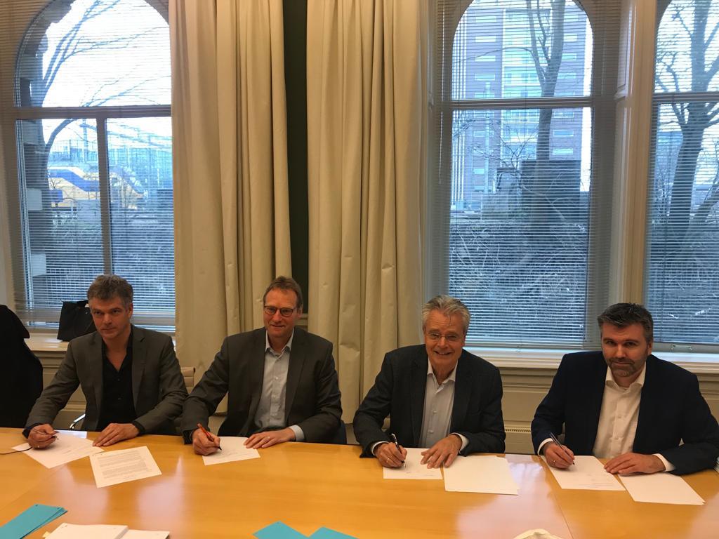 Windpark Fryslan tekent contract met Zuiderzeewind consortium