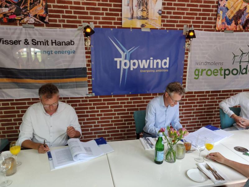 Visser & Smit Hanab tekent contract met Windmolens Groetpolder