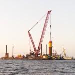 Eerste funderingspaal windpark Westermeerwind een feit