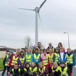 Schoolreisje Engelse kinderen naar EWT windturbine