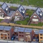 Pensioenfondsen beleggen onvoldoende in zonnepanelen & windmolens